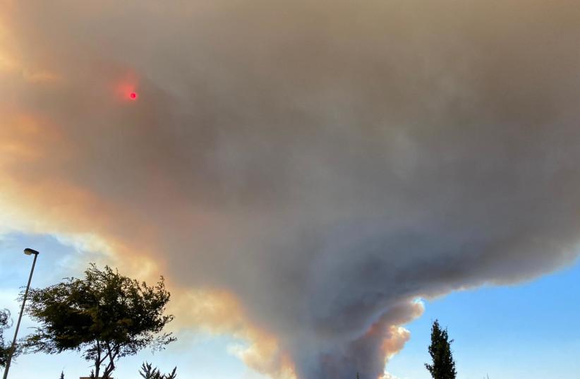 Vista do incêndio Beit Meir de Gilo (Fonte: SETH J. FRANTZMAN)