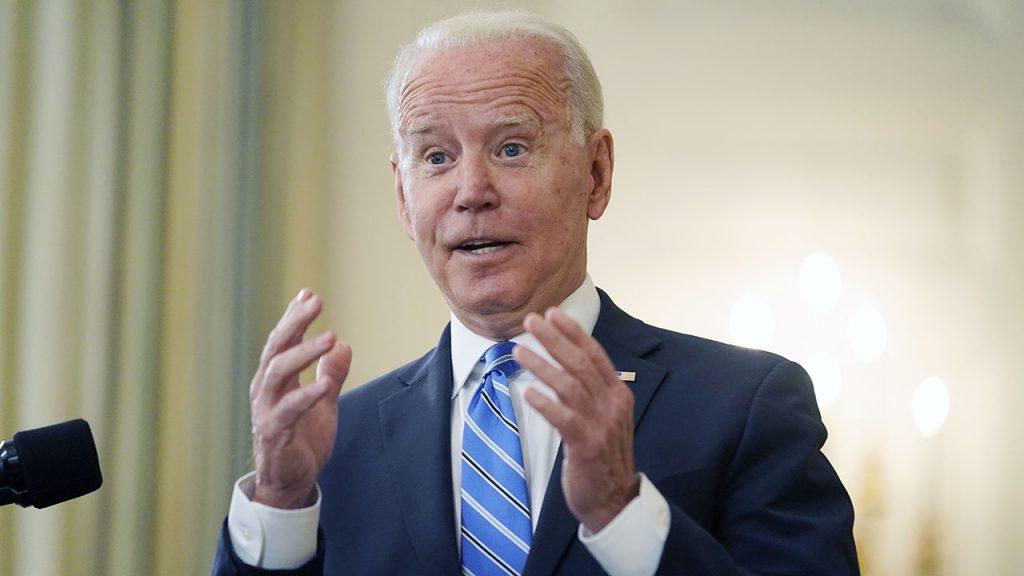 Casa Branca corta transmissão de áudio antes de Biden responder a repórter no Afeganistão