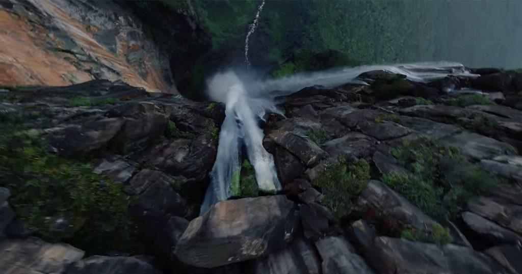 Mergulho louco na cachoeira mais longa do mundo baleada por um drone FPV