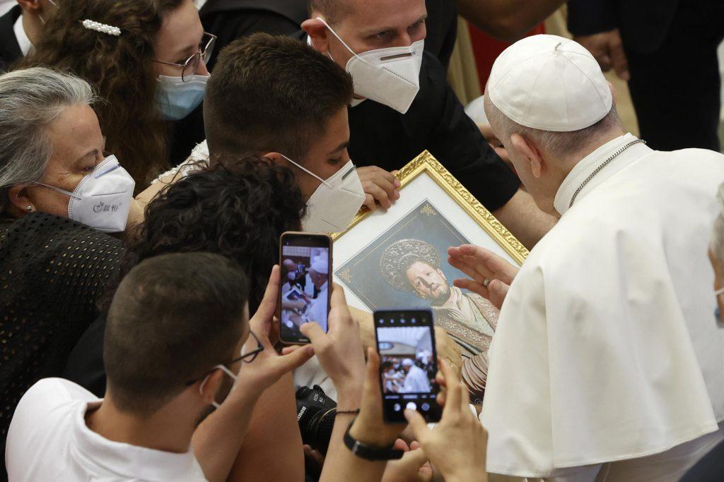 O céu pode esperar, talvez, mas não o telefonema do Papa