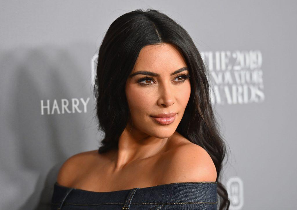 O anúncio de criptografia de Kim Kardashian no Instagram atraiu críticas da Financial Conduct Authority (FCA)