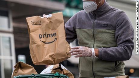 A Whole Foods adiciona uma taxa de entrega aos pedidos feitos por meio do Amazon Prime.