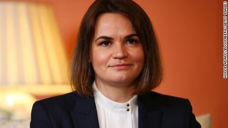Svyatlana Tsykhanoskaya, a líder da oposição na Bielo-Rússia, foi elogiada por sua campanha política.