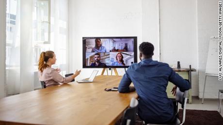 Você acha que as reuniões remotas são difíceis?  Reuniões mistas são mais complicadas