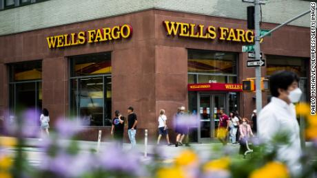 Wells Fargo lucra quase 60%