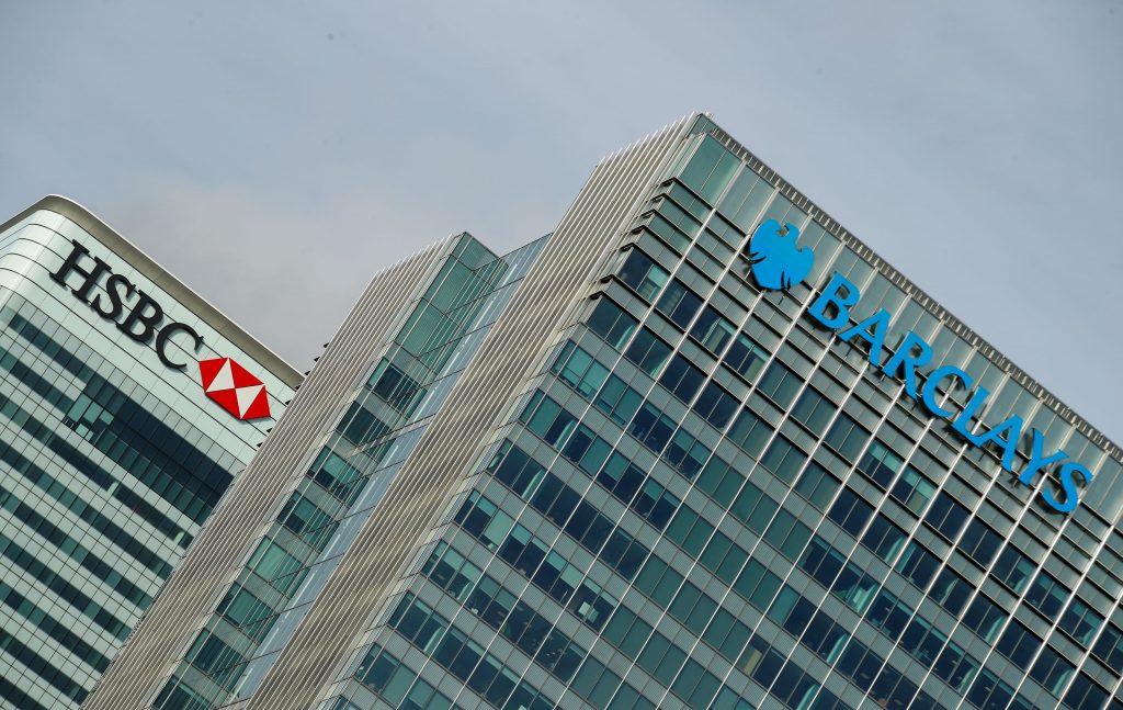 Barclays diz, compra cai apesar dos temores de inflação