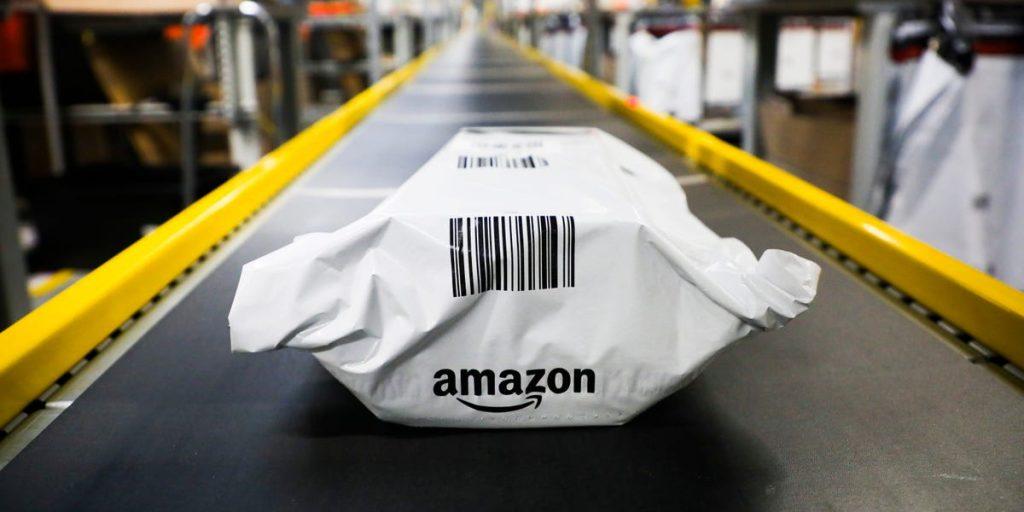 Cliente da Amazon devolve golpe de $ 290.000 e pode pegar 20 anos de prisão