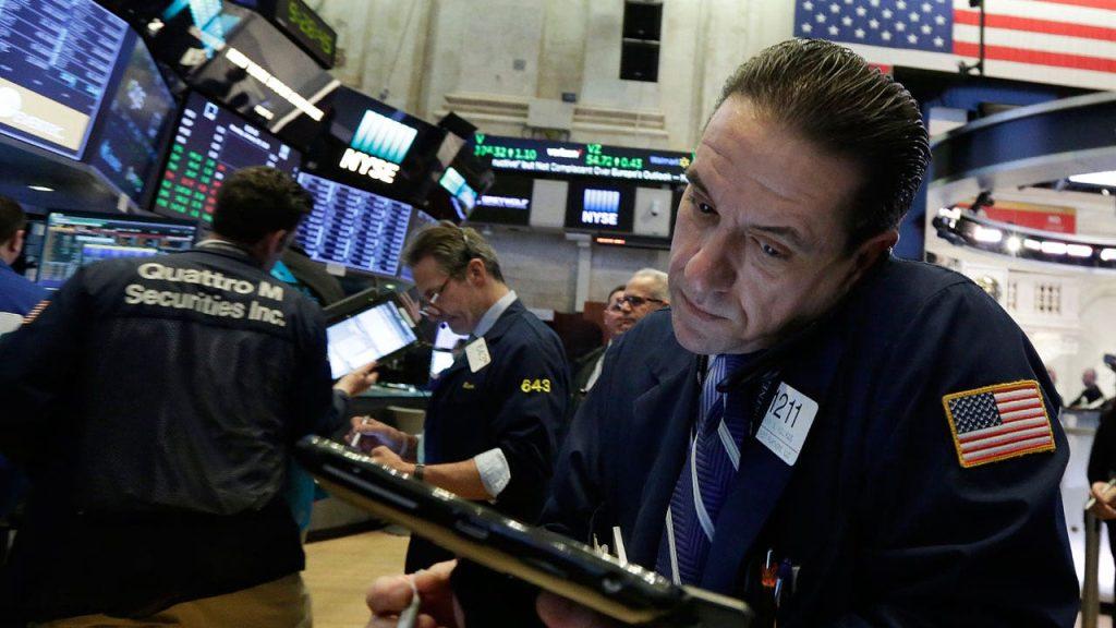 Dow salta 540 pontos enquanto legisladores chegam a acordo para aumentar o teto da dívida