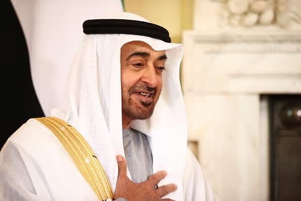 O dirigente dos Emirados Árabes Unidos disse que a vida deve voltar ao normal