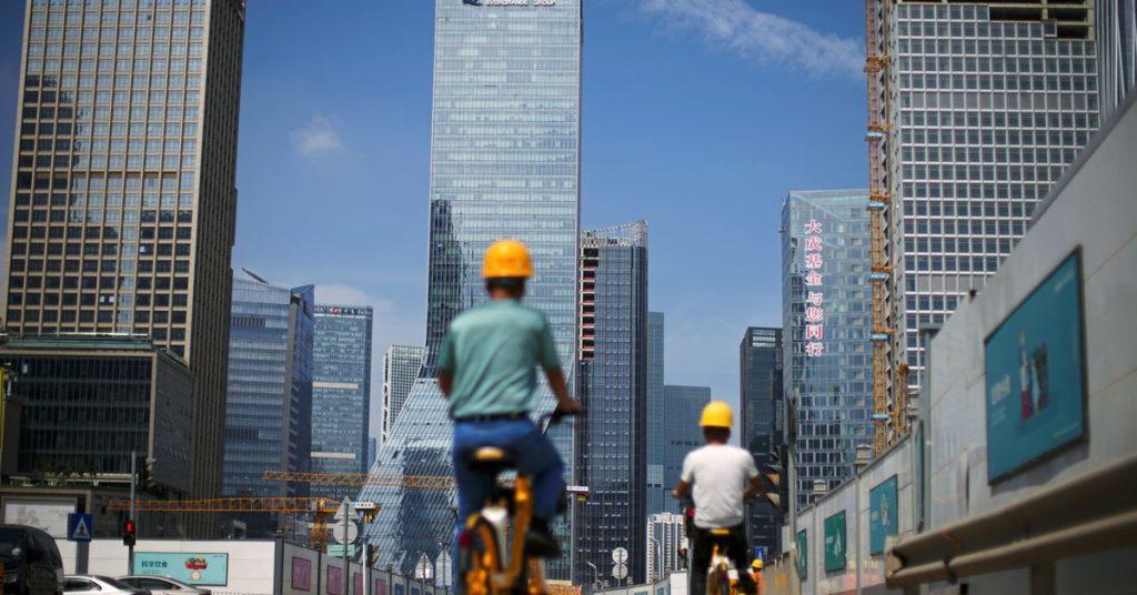 Receios de disseminação de infecção em Evergrande levam China a estabelecer recordes
