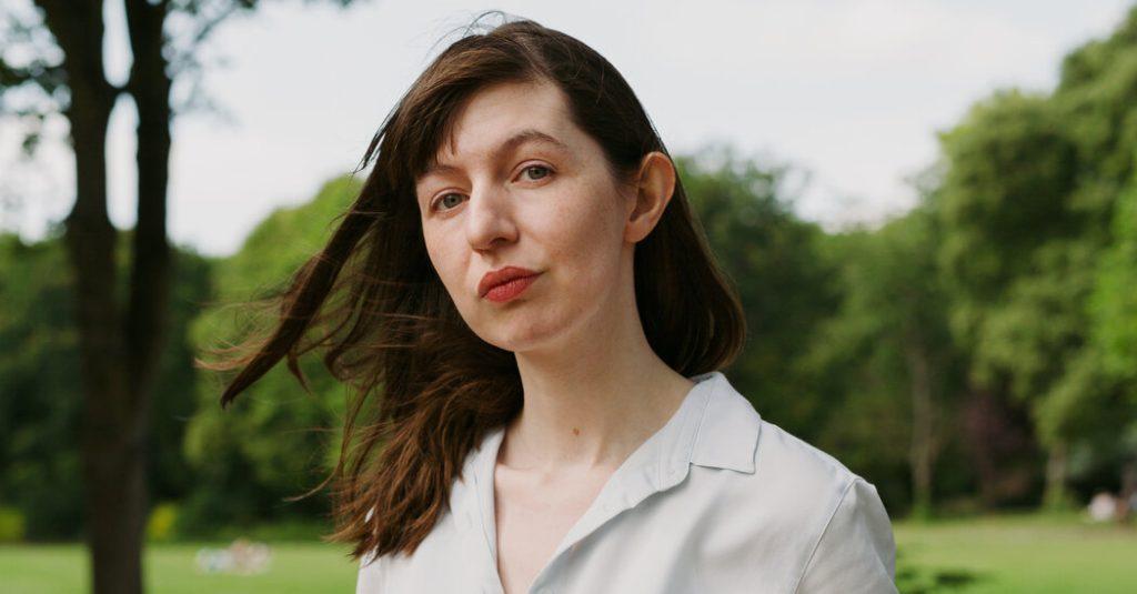 Sally Rooney se recusa a vender os direitos de tradução à editora israelense